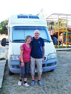 Odile und Richard leben ebenfalls schon seit einigen Jahren im Wohnmobil