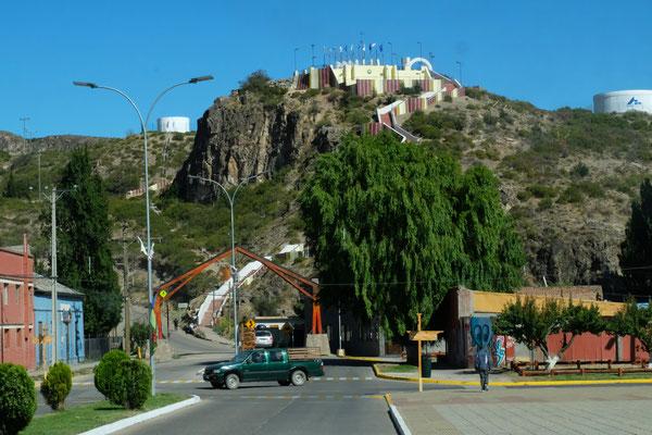 Wir verlassen Chile Chico und nehmen die Piste entlang des Lago Gral Carrera