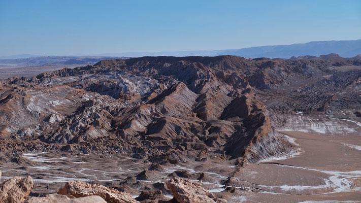 .. einen Blick ins Valle de Luna werfen.