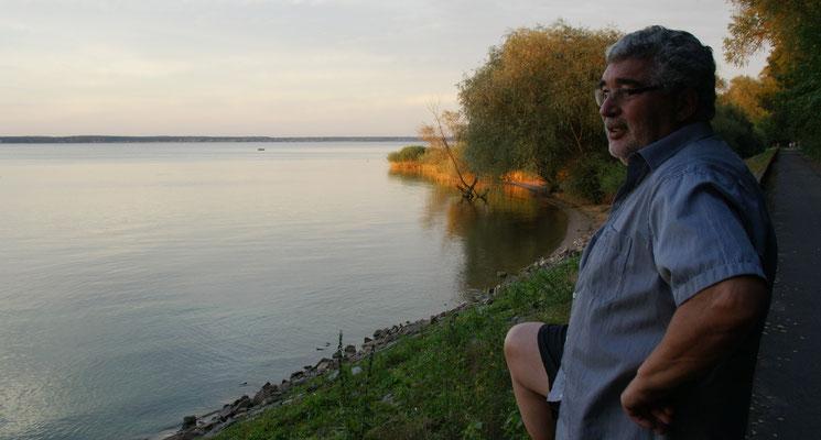 Mit dem Fahrrad an den grösseren See..