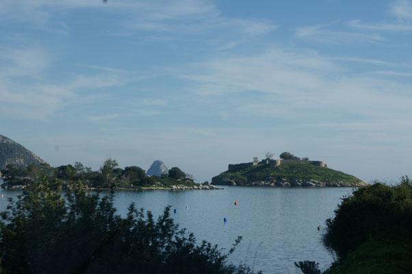 Viele kleine Inselchen vor der Küste