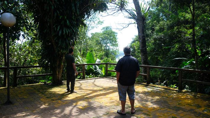 Der Ausblick auf den Rio Parana von der Terrasse aus.