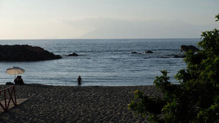 Ich genehmige mir ein Bad im Pazifik