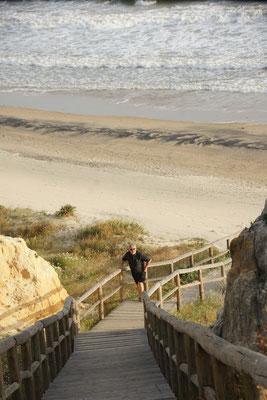 Der Aufstieg vom Strand und dann alles wieder zurück über das Dünensystem Andalusiens