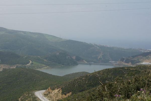 Der Stausee oberhalb von Tanger Med