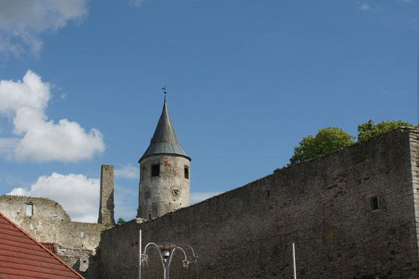 Blick von unten auf den Glockenturm
