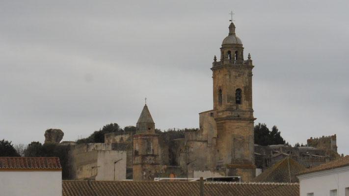 Das Kastell mit der Kirche