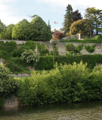 Dem Fluss entlang wieder zurück zum Stellplatz