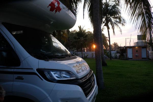 Wir sind auf dem Campingplatz Tortuguita zwischen Lagune und Meer