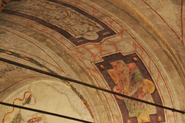 Fresken unter den Arkaden