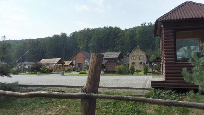 Unser Uebernachtungsplatz bei der Ferienanlage