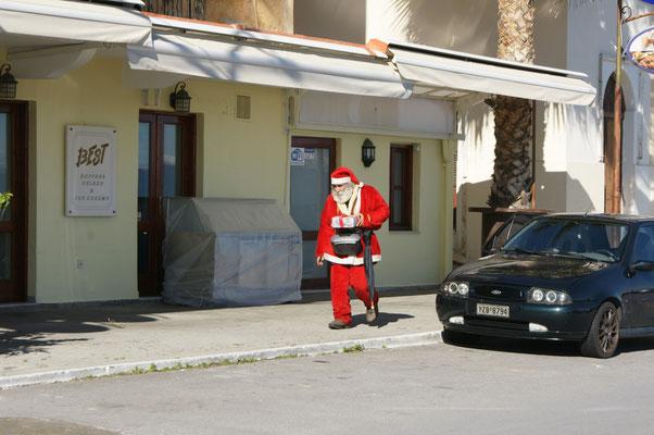 Weihnachtsmann zum Zweiten, diesmal in Gythion