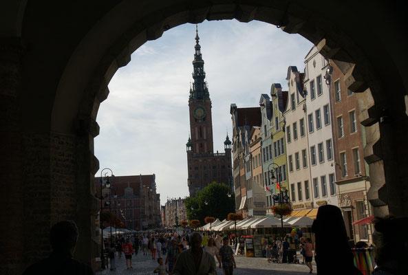 Sehr viele Touristen finden den Weg nach Danzig