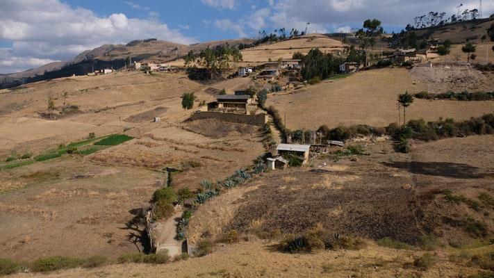 die ganze Region um Cajamarca ist bewohnt von Bauern