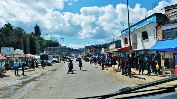 Markttag in Oxchuc