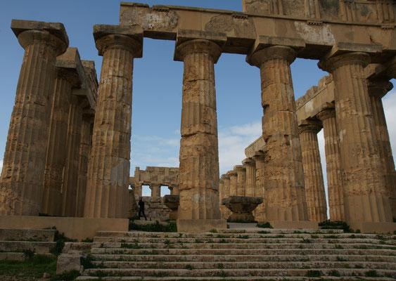 ..... die riesige Tempelanlage
