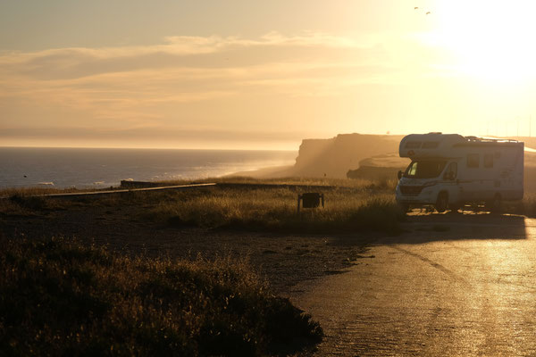 Die letzten Sonnenstrahlen am Kliff von El Condor