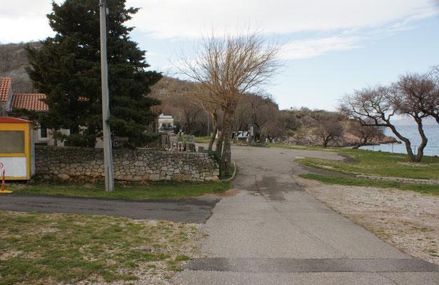 Wer hat schon einen Campingplatz mit eigener Kapelle und Friedhof?