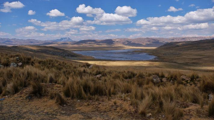 Bis auf 4200 m die Lagune und