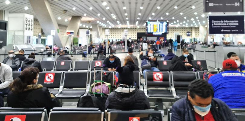 ..... bedeuend mehr Leben , als um 16.00 Uhr auf dem Flughafen Zürich