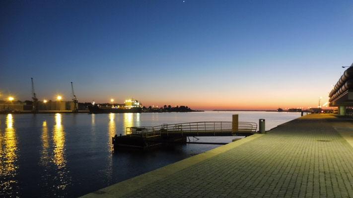 Abendstimmung am Hafen von Viano do Castelo