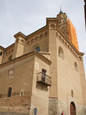 Das grösste Gebäude in Arguedas