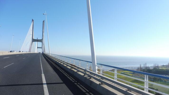 Ponte  Vasca da Gama, Lissabon