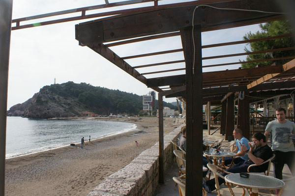 fast der ganze Strand sauber