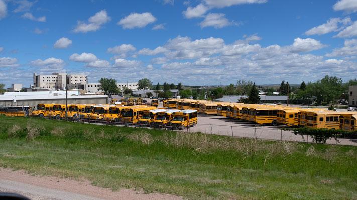 Die Schulbusse haben noch lange Pause in den USA
