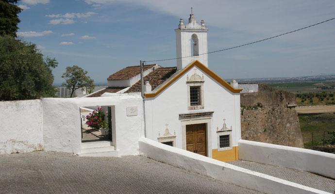 Der englische Friedhof mit Kapelle in Elvas