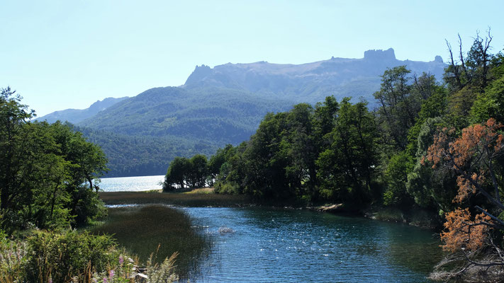 Vorbei an Flüssen und Seen