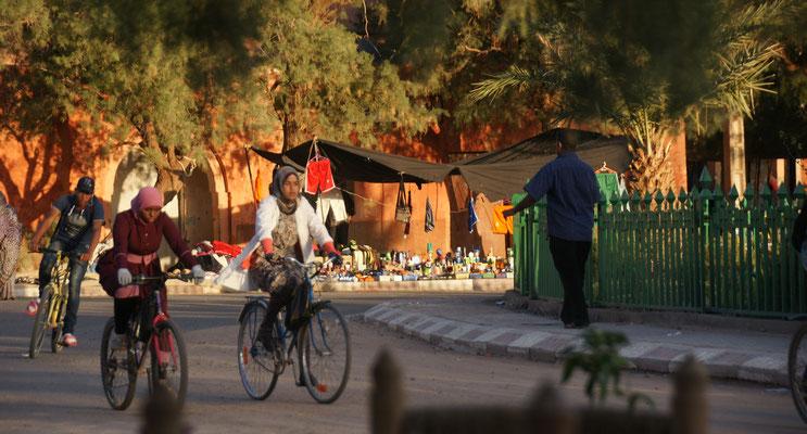 Hier fahren die meisten Schüler mit dem Rad.