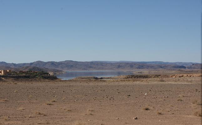 Der Stausee vor Ouarzazate