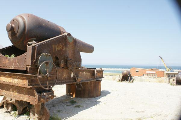 Die Kanonen sind auf Spanien gerichtet