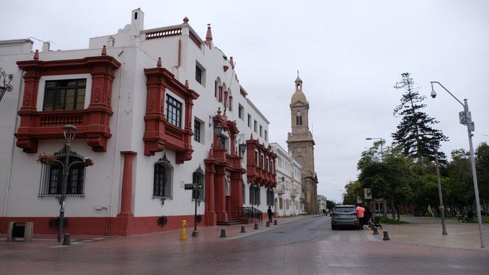 Wunderschöne Häuser im kolonialen Stil in La Serena