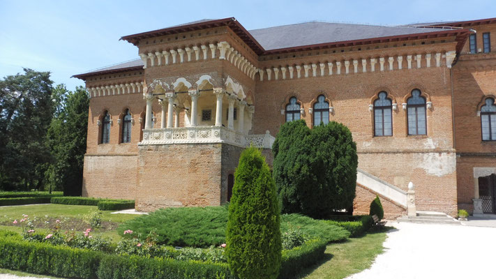 Ein Teil des Mogosoaja Palastes mit Museum