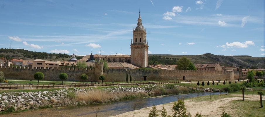Wieder zurück und bei El Burgo de Osma rein ins Tal