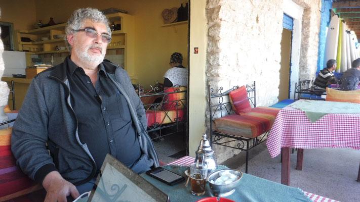 Ein Kännchen Tee in Sidi Kaouki