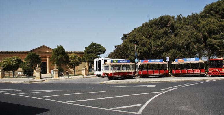 Parkplatz zwischen Mdina und Rabat