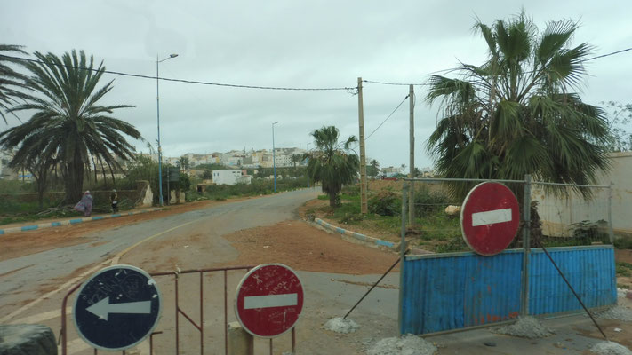 Auch hier in Sidi Ifni ist die Brücke weg