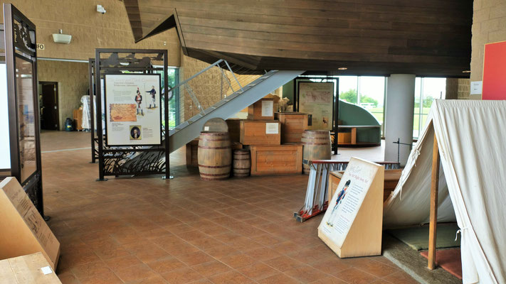 Leider nur ein Blick durch die Gitter möglich ins Lewis und Clark Museum
