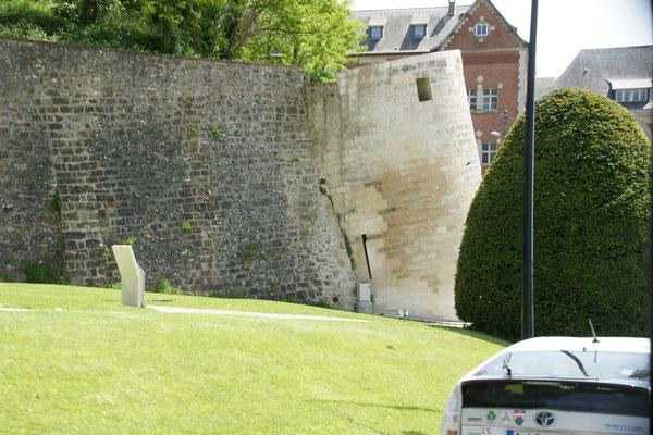 Der schiefe Turm von Laon