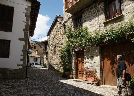 Bergdorf in den Pyrenäenr
