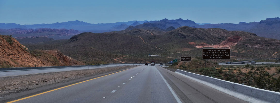 Hier biegen wir vom Freeway ab.....