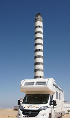 Wir haben uns ein Kamin zugelegt. Leuchtturm in Dakhla