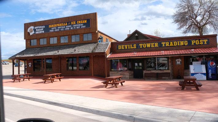 Wir verlassen den Devils Tower