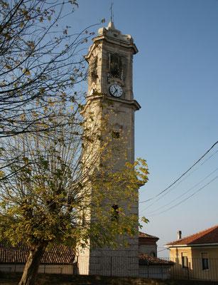 Der Kirchturm von Mango