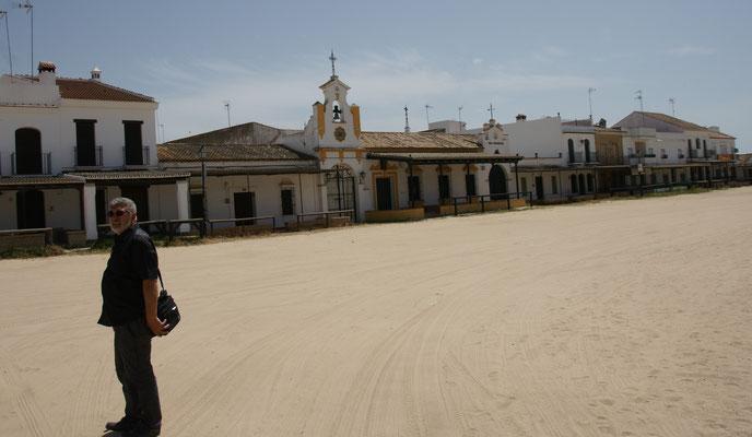 """Das """"Westerndorf"""" El Rocio. Die Strassen sind sämtliche Sandpisten"""