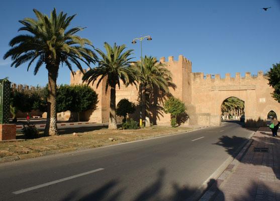 Der Boulevard zum Tor