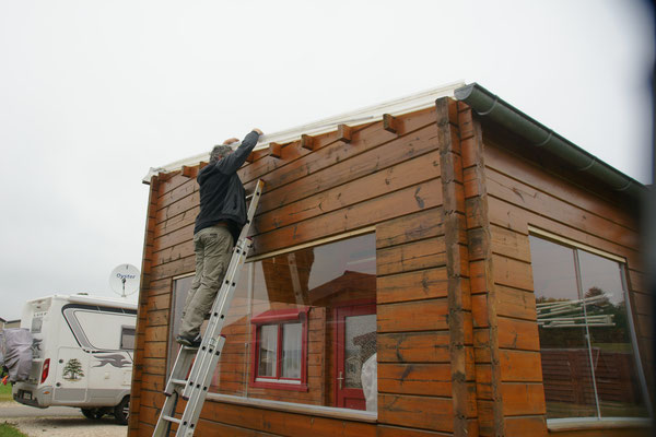 Die Dächer werden vermessen und noch nicht genug,......